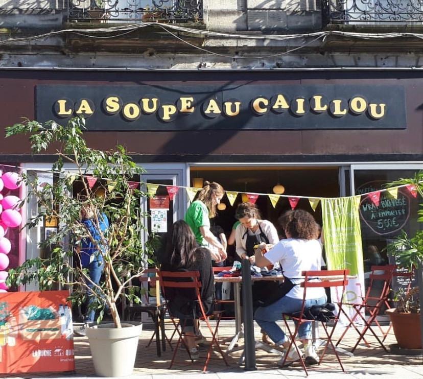 la soupe au caillou restaurant bio bordeaux tookki