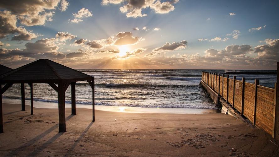 beach-2253325_960_720.jpg