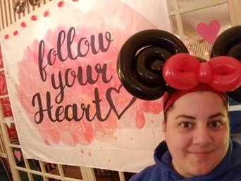 Minnie Mouse balloon ears