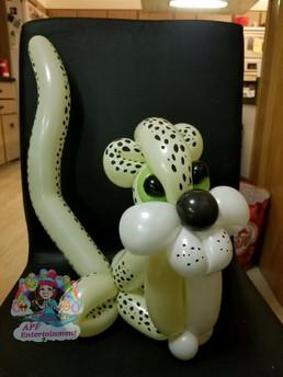 Leopard balloon animal