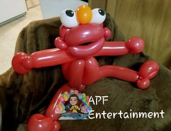 Elmo balloon animal