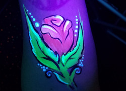 UV body paint rose