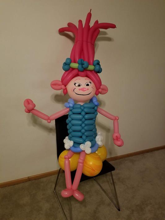 Poppy Troll ballon centerpiece