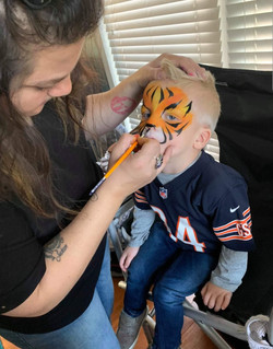 Tiger face paint action