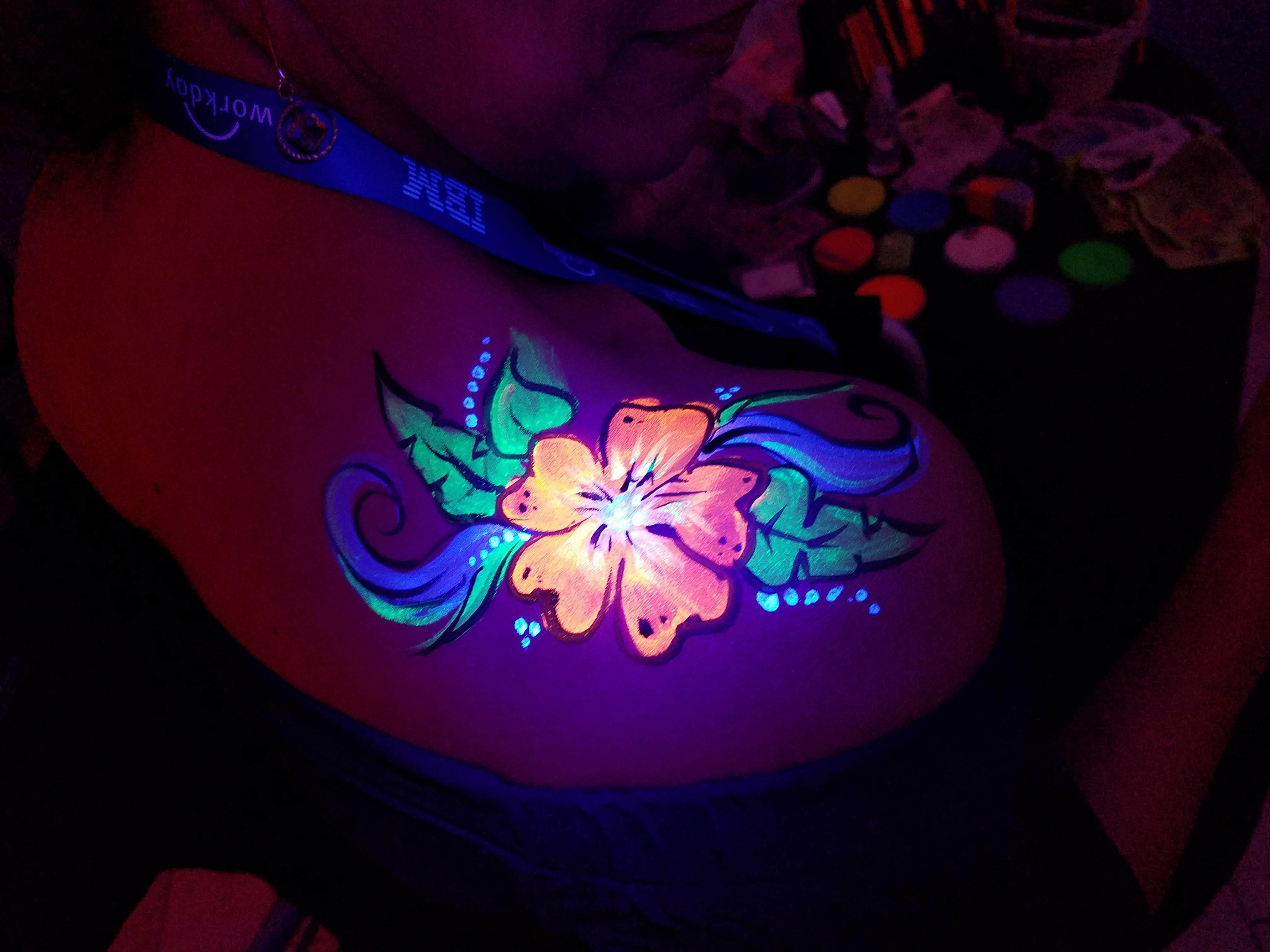 UV body paint shoulder design
