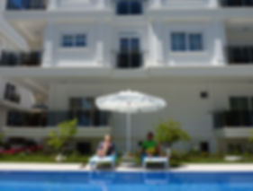 Luxury Holiday Apartments for rent in Antalya, 100m to the Konyaalti-Beach. New apartments first class fitted with all luxury compenents and service you want. www.romaresidenceantalya.com | www.emirgursuevleri.com