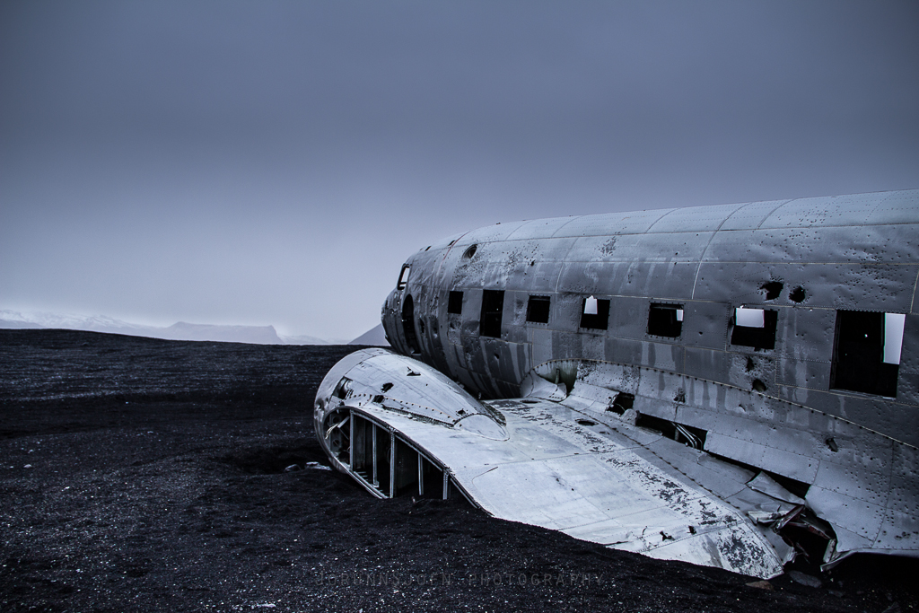 the-abandoned-dc-plane-on-solheimasandur