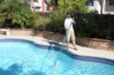 Las Vegas Pool Cleaning Company Weekly