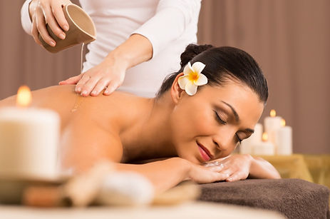 Aveda-Massage_edited.jpg