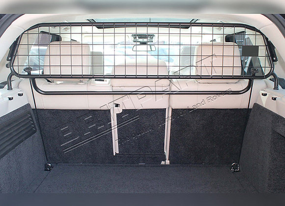 DOG GUARD - LAND ROVER DEFENDER 90 110 [WITH BULKHEAD] (-07)