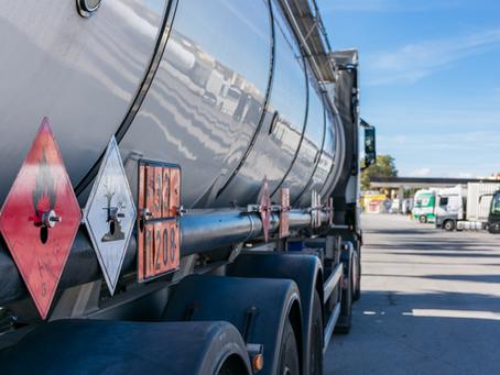 Cuidados com o transporte de carga perigosa