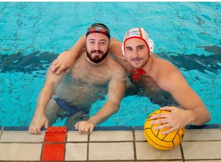 El beso de Víctor Gutiérrez y Carlos Peralta, deportistas gays contra la LGTBfobia