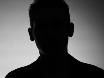 """""""Al menos sé que no me matarán"""": hombre gay que huyó de Rusia y se refugió en Bielorrusia"""