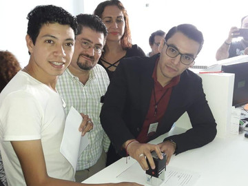 Postulan a joven Lgbt a premio estatal por su trabajo en VIH