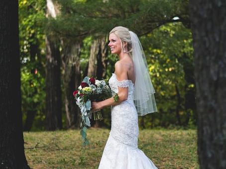 Modern Dress Bride: Britt