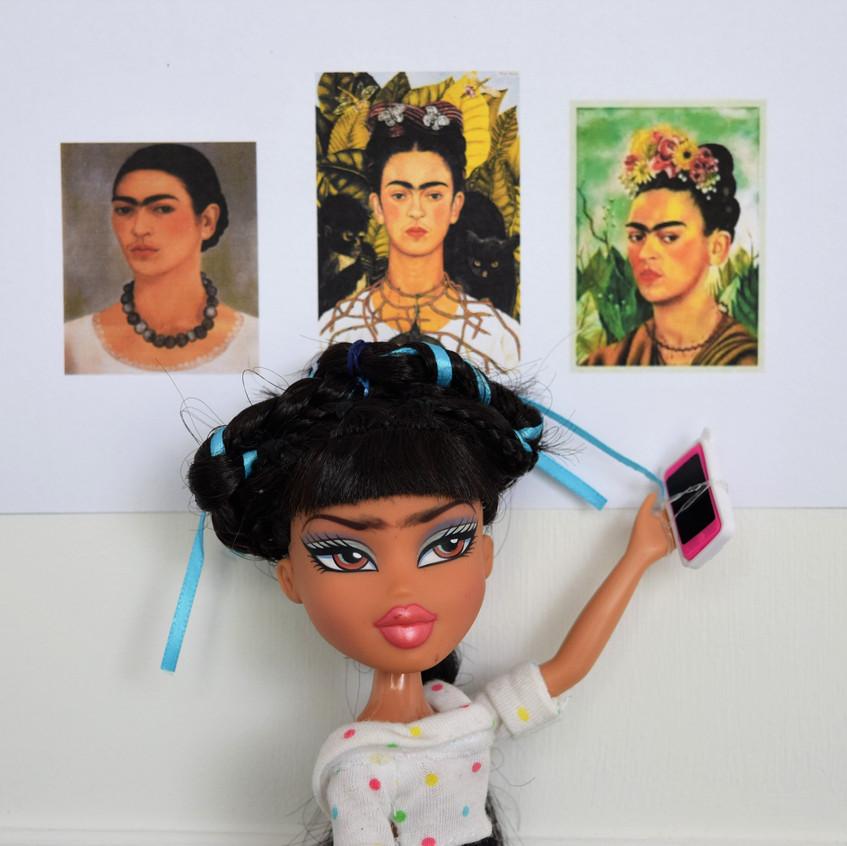Frida Kahlo, The Queen of Selfies!