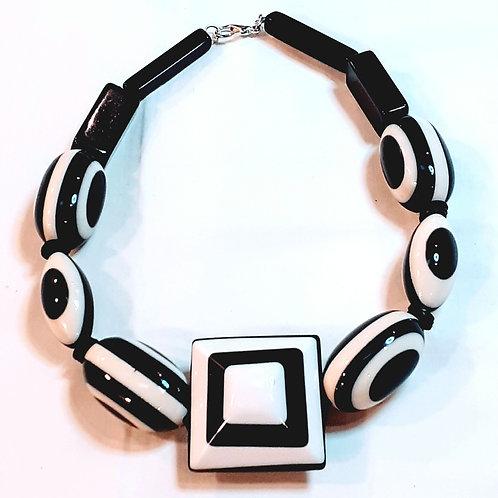 Collana girocollo Black and White
