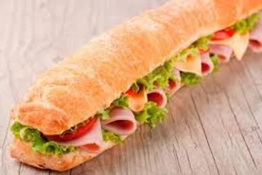 Metro 08- Pão, Presunto, queijo, alface, tomate e patê