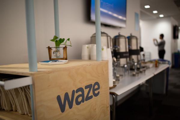 Waze-HiRes-16.jpg