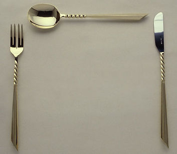 18ct cutlery table setti172.jpg
