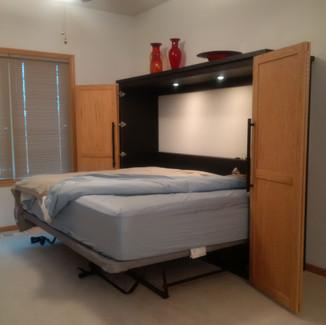 horizontal queen murphy bed