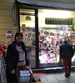 libreria Goggia 2.jpg