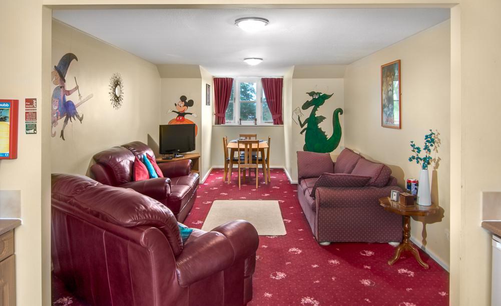 Wizards Wardrobe Lounge