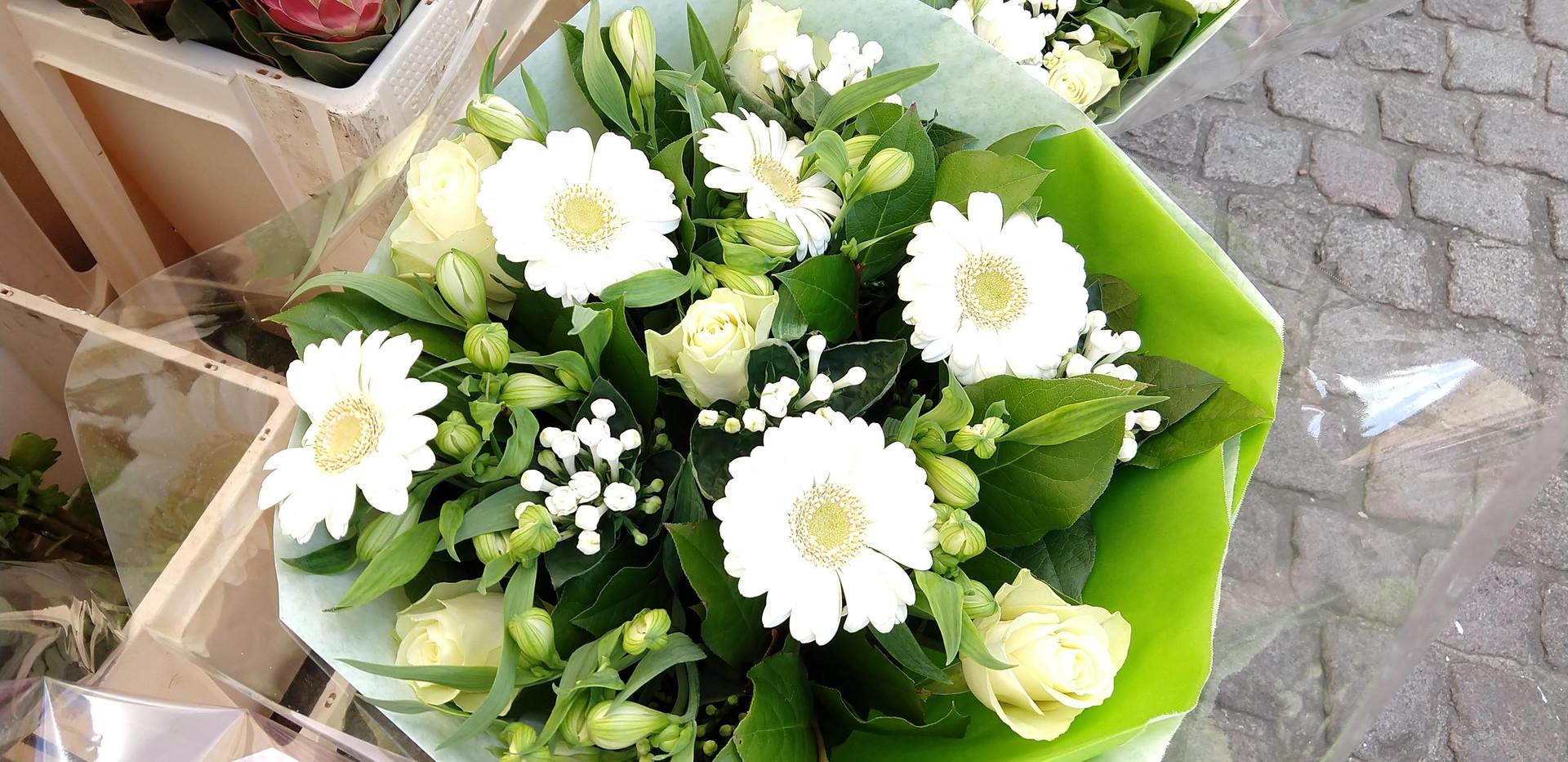 Flowers 16.jpg