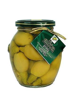 Зеленые оливки фаршированные  корнишонами 395 мл
