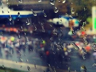 Что мне снег, что мне зной, что мне дождик проливной...