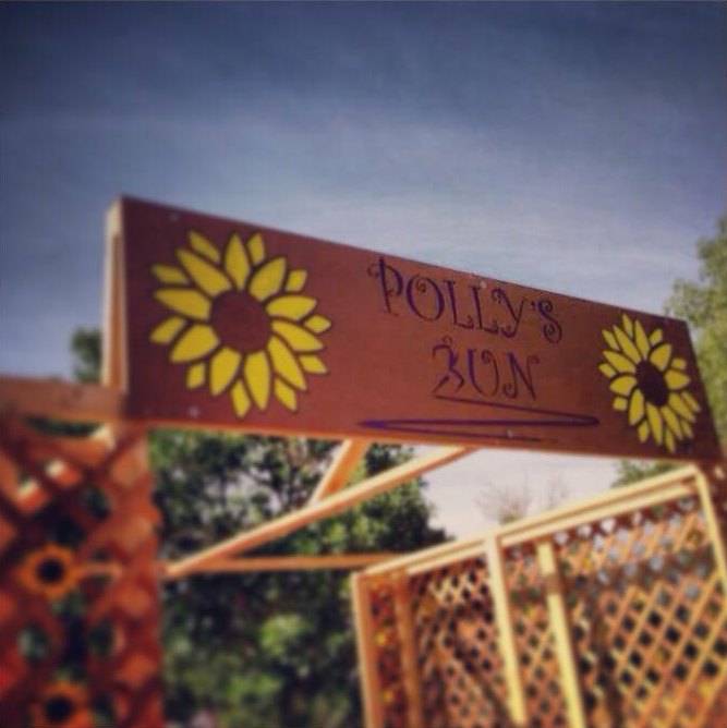 Polly Run sign_edited