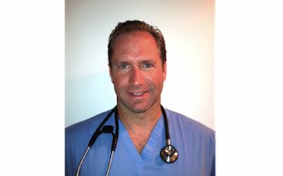 Dr. Daniel Pero performs laser toenail fungus removal treatment in West Palm Beach, FL