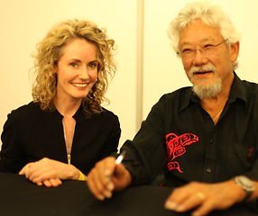 Cecilia speaking with David Suzuki at the Sydney Eco Expo