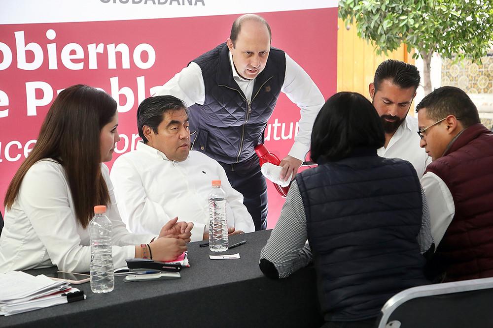 El gobernador Miguel Barbosa preside otra Jornada de Atención Ciudadana