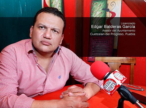 Edgar Balderas, asesor jurídico del ayuntamiento de Cuetzalan, considera factible el reglamento para Cuetzalan Limpio