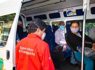 Realiza SMT operativo de sana distancia a transporte colectivo de pasajeros en Zacapoaxtla