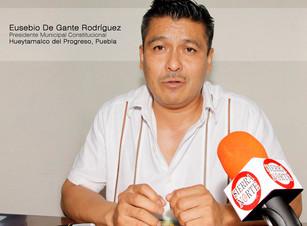 Alta participación social en campaña de prevención contra el dengue en Hueytamalco: De Gante