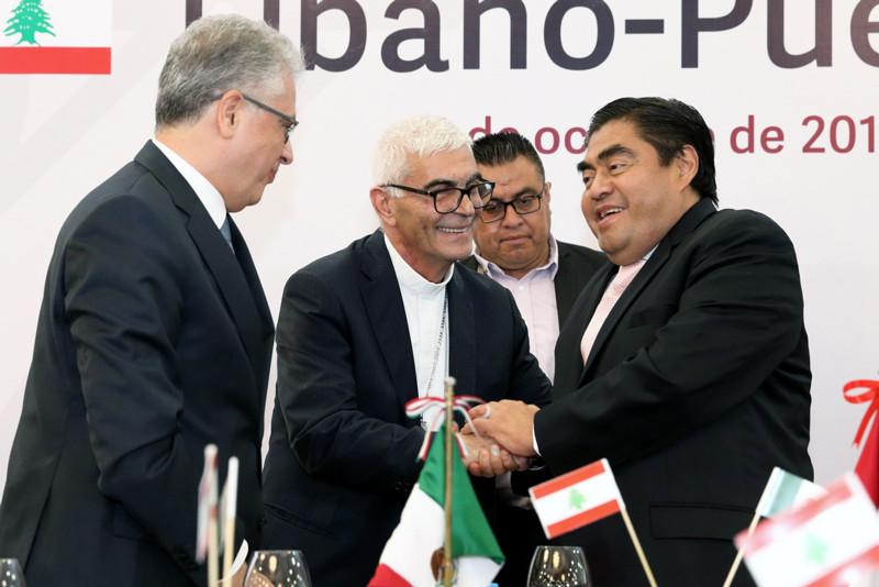 El gobernador Miguel Barbosa anunció que se realizará formalmente cada año la Semana Cultural del Líbano en Puebla, después de reiterar que su gobierno cambatirá la corrupción y la inseguridad