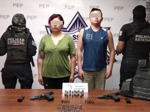 Detiene Policía Estatal a dos presuntos policías de Tehuacán