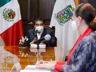 Todo el personal de la salud será vacunado, es su derecho, reitera Barbosa Huerta