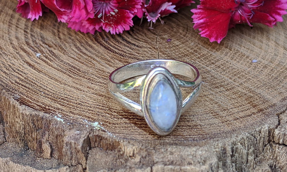 Handcrafted Moonstone & Silver Ring