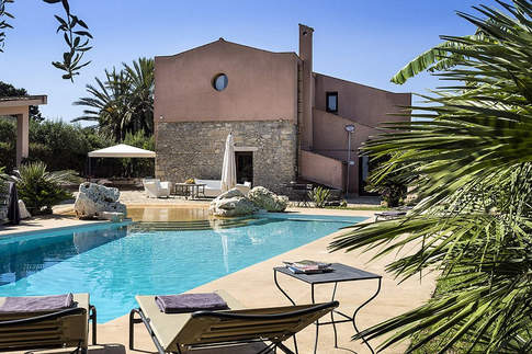 A Villa In Sicily (2).jpg