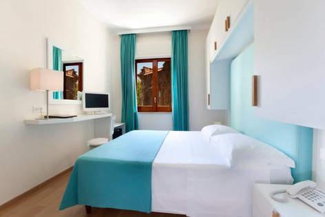 sorrento wedding hotel (11).jpg