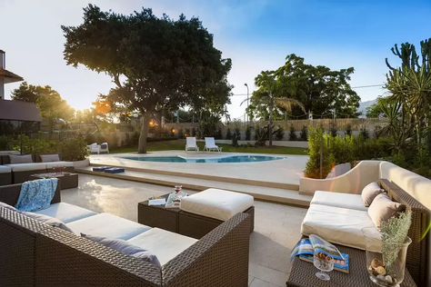 Villa Giardini Naxos (2).jpg