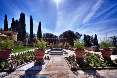Florentine Hill Luxury
