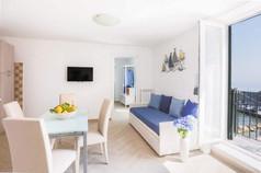 Marina Grande Apartment (12).jpg