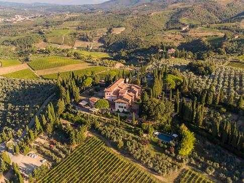 Tuscan Country House (2).jpg