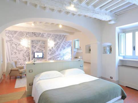 Tuscan Country House (19).jpg
