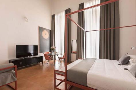 Rome Apartment (4).jpg