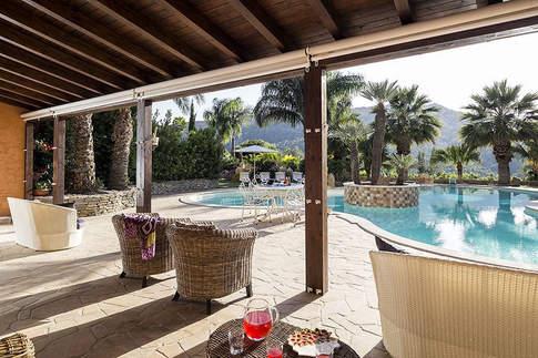 Sicilian Villa (27).jpg